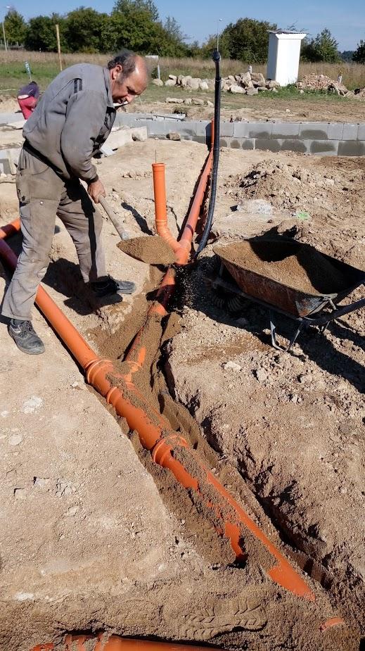 Pokládka kanalizace